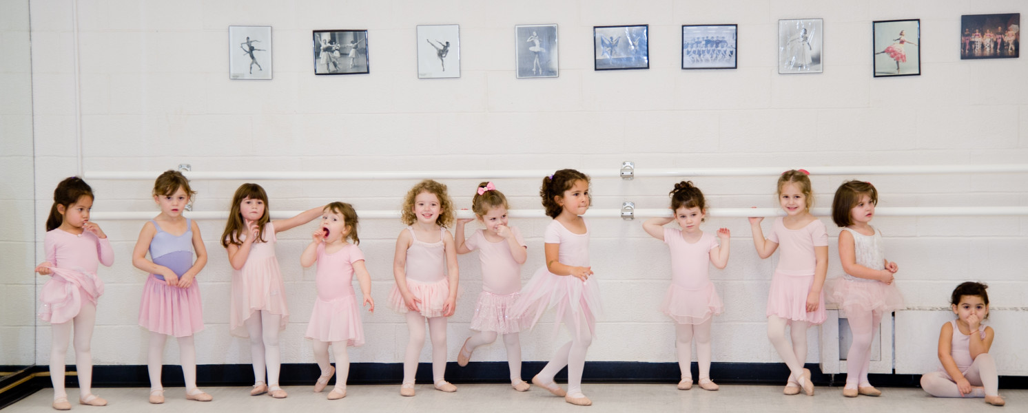 Ben Asen Editorial Photo: Little Ballerinas at Ballet School