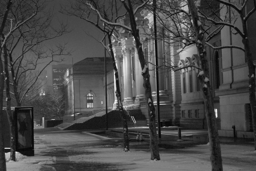 Ben Asen Personal Work Photo: black and white photo of the Metropolitan Museum of Art in New York City at night with snow.